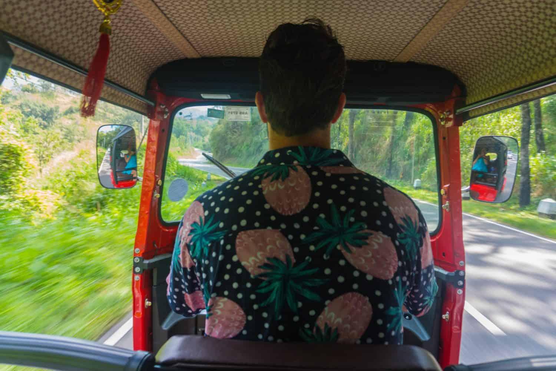 Rent and drive a tuk tuk in Sri Lanka