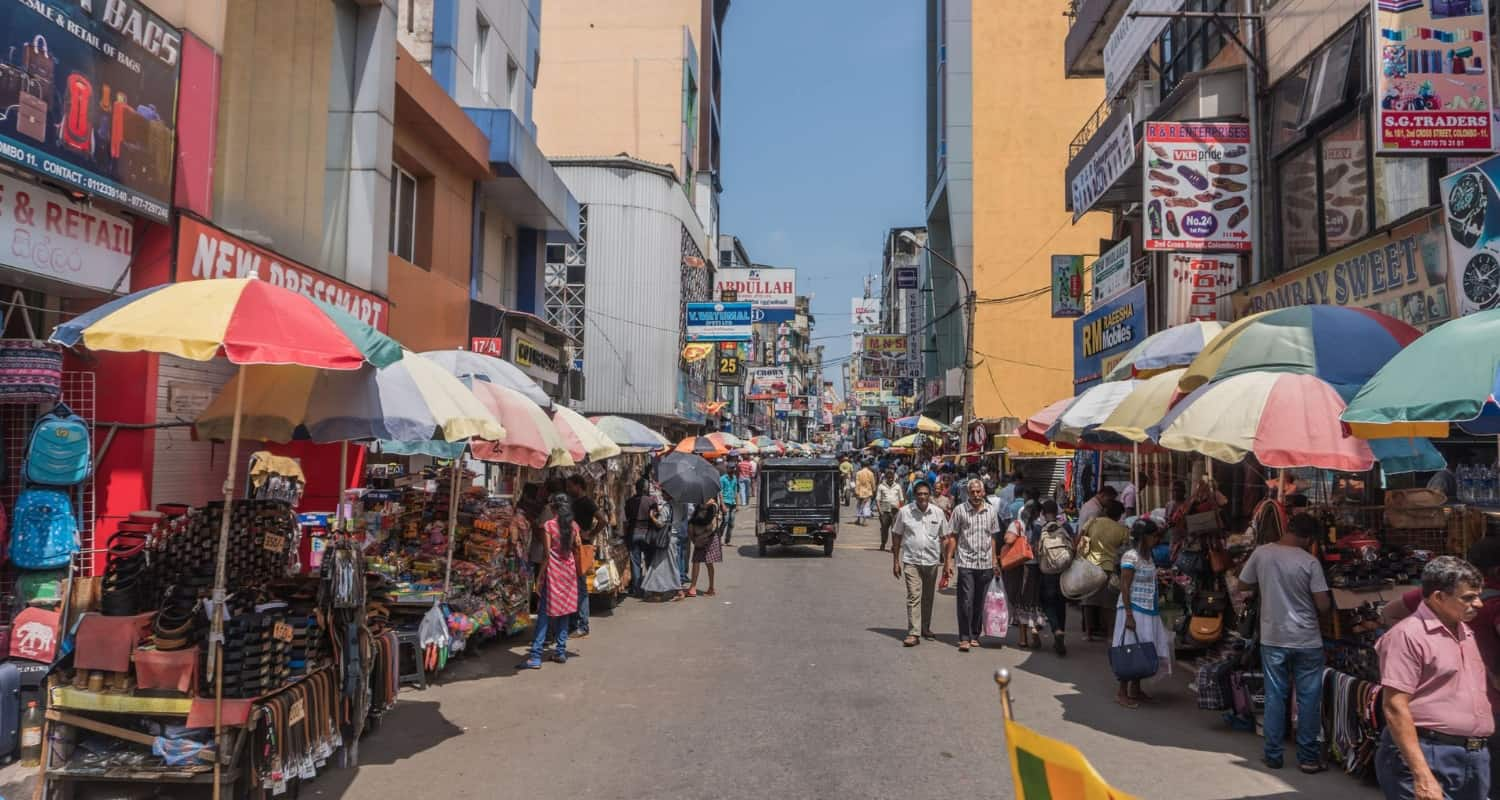 Things to do in Colombo 2019 - Pettah Market Colombo