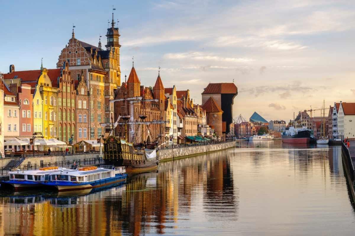 river walk in gdansk poland travel guide 55secrets