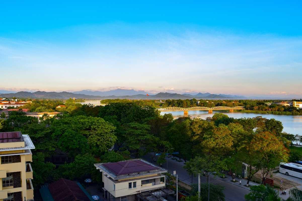 Hue Vietnam Travel Guide FREE 2021