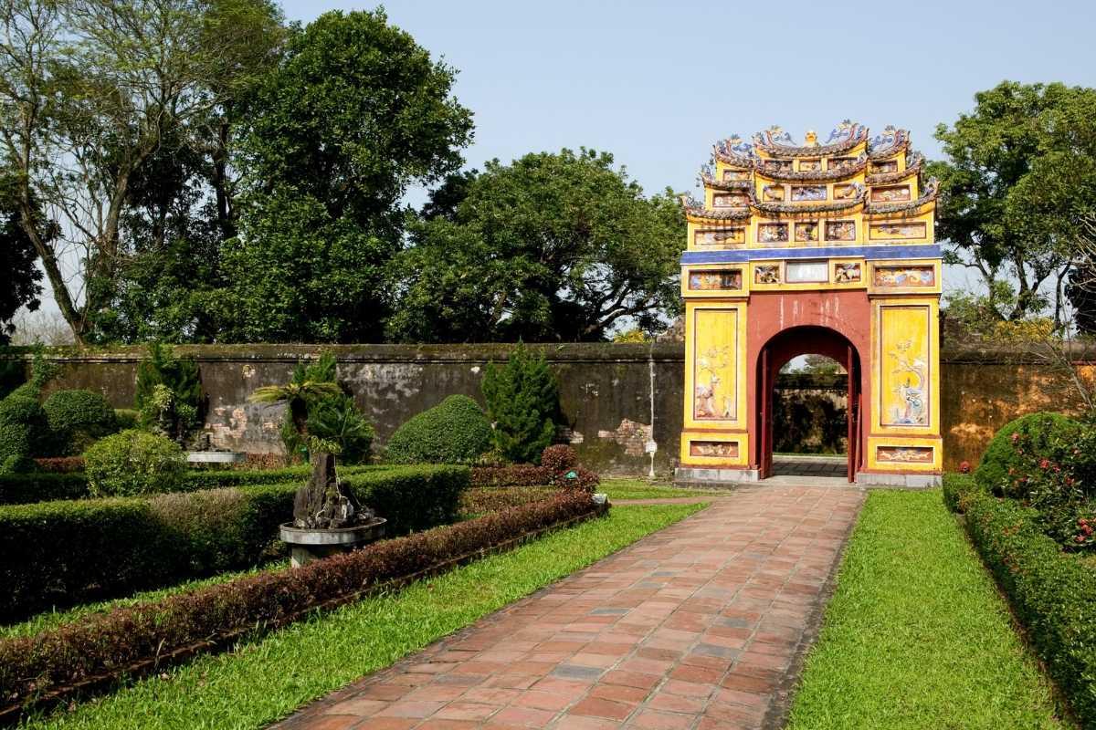 Hue Vietnam 55Secrets Free Travel Guide 3