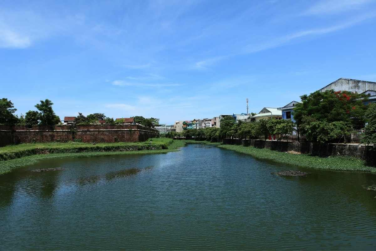Hue Vietnam 55Secrets Free Travel Guide from the river side